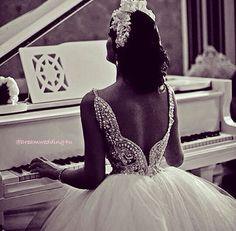 Pearl- wedding dress- bridal- incili-prenses model- white-gelinlik- dugun-soz- nisan- evening dress