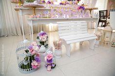 garden bench decoration