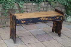 Full Circle Creations: Old...new bench....