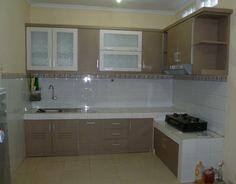 Model Kitchen Set L Mini Untuk Dapur Mungil 4 Lantai Keramik Dan Dinding Warna Kuning