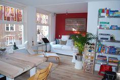 Ganhe uma noite no 1 private room in sunny apartment - Apartamentos para Alugar em Amsterdã no Airbnb!