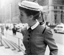 Tengo que confesaros mi pasión por el sombrero que inmortalizó uno de los  grandes iconos de la moda b4bd3bd4b5e