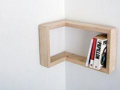 Kulma Shelf