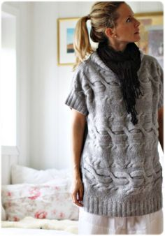 Me Naiset – Blogit | Kalastajan vaimo – Palmikkopostaus Chunky Wool, Knit Picks, Knit Fashion, Fashion Sketches, Pull, Cable Knit, Knitwear, Knit Crochet, Winter Fashion