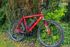 So baust du dir dein eigenes E-Bike mit Mittelmotor E-bike conversion How to build your own e-bike with a center motor DIY E-MTB Instructions for e-bike conversion with Bafang Mid-engine E-bike build yourself from old mountain bike 01 E Bike Mittelmotor, Bicycle Race, E Mtb, Moped Scooter, Calf Muscles, Cute Funny Animals, Build Your Own, Mountain Biking, Motorbikes