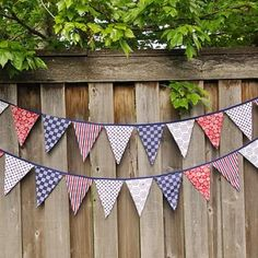 Decorate for the 4th {Bunting Flags}