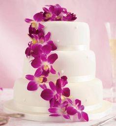 Tropical Wedding Cakes | Tropical Flower Wedding Cake | Wedding Ideas