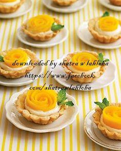 Nicely served mango flower cakes