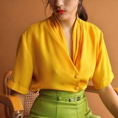 Minimal Yellow Blouse 80s Short Sleeve Top Vintage 1980s