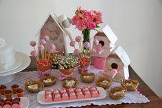Festa com passarinhos e flores - Caraminholando