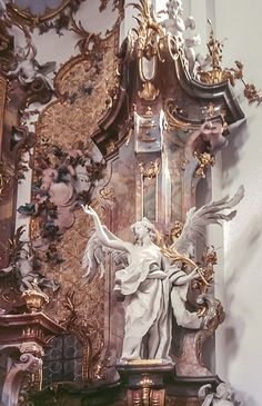 Angel Aesthetic, Aesthetic Art, Aesthetic Pictures, Aesthetic Drawing, Travel Aesthetic, Aesthetic Grunge, Aesthetic Vintage, Aesthetic Anime, Architecture Baroque