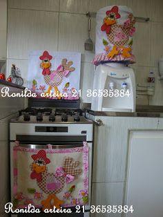 Ronilda: Galinha em pé  pano de prato, pano de forno e capa...