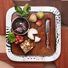 HS Shop Sierra Luxury Stainless Steel Square Serve Tray w/ Hand carved Rosewood Wood Insert & Stainless Steel Cheese Knife; a bestseller by Mary Jurek Design Cheese Knife Set, Types Of Cheese, Square Tray, Cheese Trays, Prep Kitchen, Metal Trays, Organic Shapes, Serving Platters, Safe Food