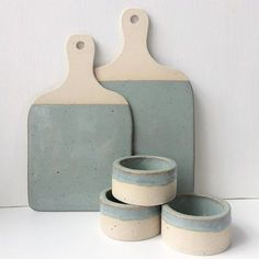 Cheeseboards and tealight holders in Sea Green. Upcoming Markets BUST Christma… Cheeseboards and tealight holders in Sea Green. Upcoming Markets BUST Christmas Craftacular Sun, 3 Dec 2017 from – York Hall, 5 Old Ford Road, Bethnal Green Pottery Tools, Slab Pottery, Ceramic Pottery, Ceramic Art, Thrown Pottery, Stoneware Clay, Earthenware, Bethnal Green, Bowls