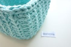 Hranatý košík NÁVOD – Veľká vlna Merino Wool Blanket, Basket, Crochet, Accessories, Hampers, Crochet Crop Top, Baskets, Chrochet, Crocheting