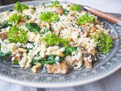Stekt blomkålris med spinat, feta og sjampinjong