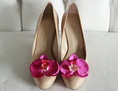 This listing is for one pair of Bright Magenta Orchid Shoe Clips. ****My shoe clips have been featured on one of America's favorite wedding TV shows, handmade for Hollywood's hottest wedding planner****  (The shoes in the photos are not included)  These beautiful, blooming orchids will add a touch of the tropics to any outfit. Adding these colorful, cheery clips turn every shoe, from flip flops to pumps, into a completely different pair! Perfect for weddings and bridal parties. Can also be t... Wedding Tv Shows, Bridal Parties, Shoe Clips, Chanel Ballet Flats, Magenta, Orchids, Wedding Planner, Flip Flops, Hollywood