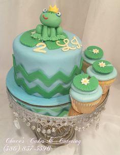 Frog Smash Cake & Cupcakes