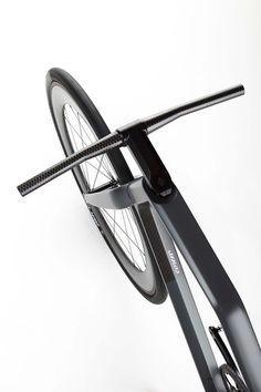 3 | A $32,000 Carbon-Fiber Fixed-Gear Bike, Designed By A Formula 1 Firm | Co.Design: business + innovation + design