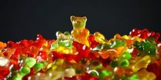 A little gummy bear swam through the Mediterranean, swam back and you have gl … - Geburtstag Vegan Gelatin, Acide Aminé, Boxing Day, Sugar Cravings, Healthy Soup Recipes, Healthy Foods, Gummy Bears, Cooking Tips, Sugar Free