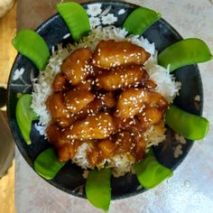 This addictive sesame chicken is much easier to prepare than the ingredient list indicates. Serve over lots of hot jasmine rice. Asian Recipes, New Recipes, Dinner Recipes, Cooking Recipes, Favorite Recipes, Ethnic Recipes, Chinese Recipes, Chinese Food, Popular Recipes
