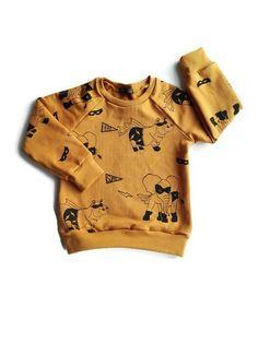 Sweater, handmade by Daphne Vos Uniek, handgemaakt, apart, stoer, kinderkleding, babykleding