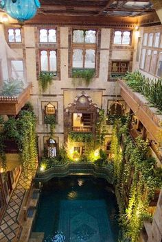 pool in Sami Angawi house in Jeddah Saudi Arabia gorgeous Patio Interior, Interior And Exterior, Beautiful Architecture, Interior Architecture, Future House, Beautiful Homes, Beautiful Places, Beautiful Beautiful, Piscina Interior