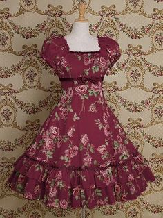I love looking at Lolita fashion, drawing it, and wearing it sometimes too! 50s Dresses, Vintage Dresses, Vintage Outfits, Fashion Dresses, Girls Dresses, Vintage Fashion, Pretty Outfits, Pretty Dresses, Beautiful Outfits