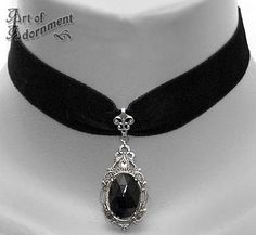 Gothic choker with a black gem