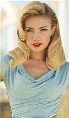 Health Hair Care Advice To Help You With Your Hair. Do you feel like you have had way too many days where your hair goes bad? Popular Short Hairstyles, 50s Hairstyles, Vintage Hairstyles, Braided Hairstyles, Wedding Hairstyles, Hairdos, Braid Styles, Short Hair Styles, Rockabilly Hair