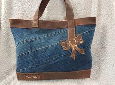 """Sac format cabas ou"""" Tote bag"""" En jean basique, simili marron ( façon cuir vieilli Sac en modèle unique bien sûr ,d un format de 35x 30 environ. Doublure en coton imprimé à - 17453179"""