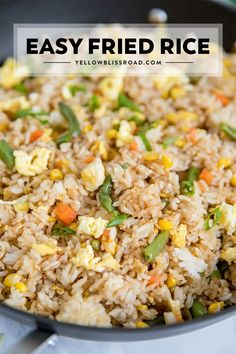 Easy Fried Rice : Learn how to make Fried Rice the easy way with this simple Egg Fried Rice Recipe. Just a few ingredients and packed with flavor for a quick and easy dinner. dinner friedrice recipeseasy via Easy Fried Rice Easy Rice Recipes, Healthy Recipes, Asian Recipes, Cooking Recipes, Recipes With Egg Dinner, Easy To Cook Recipes, Easy Rice Dishes, Good Easy Dinner Recipes, Leftover Rice Recipes