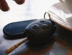 Gardaotoku.com | Alarm mempunyai fungsi yang bermacam-macam tergantung dari jenisnya. Alarm bisa berfungsi sebagai alat peringatan, pengingat atau tanda lainnya. Dari beragam jenis alarm yang tersedia, salah satunya adalah alarm mobil yang telah beredar bayak di pasaran dan digunakan secara umum dan luas oleh para pemilik kendaraan khususnya mobil.   #AlarmMobil #AlatBantu #AngkaPencurianMobil #FungsiAlarm #ManfaatAlarm #Memberiperingatan #Mencegahpencurian #Menemukanmobil