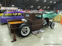The Grand National Roadster Show | Hotrod Hotline#.WIWv5TYiy28