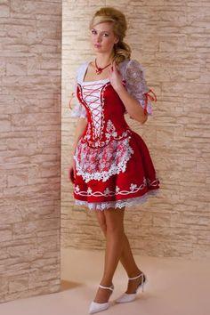 that one is the menyecske dress ofc Folk Fashion, Womens Fashion, Hungarian Girls, Retro Dress, Festival Outfits, Traditional Dresses, Dress Me Up, Chiffon Dress, Lana