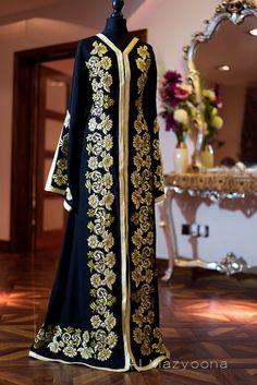 Al Mazyoona Black Gold Silk Embroidered Abaya Dubai Arabic Jalabiya Khaleeji Kaftan Maxi $288.00