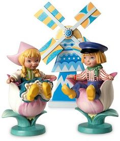 "It's a Small World, Holland Girl - ""Tulpenmeisje (Girl with Tulip), Ontluikende Vriendschap(Blossoming Friendship)"" $99 Boy - ""Tulpenjongen (Boy with Tulip), Ontluikende Vriendschap(Blossoming Friendship)"" $99 Windmill Accessory Retired Edition 10/09	$29"