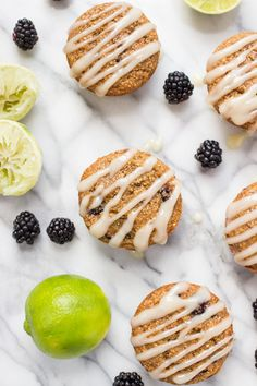 These HEALTHY blackberry lime muffins are made with wholesome ...