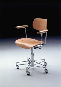 Egon Eiermann, #SBG197R Chromed Metal and Molded Plywood Office Chair by Wilde & Spieth for the World's Fair, 1958.