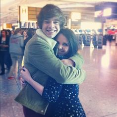 """if i ever got a hug from Harry like this, every morning, i repeat, EVERY MORNING,  i would wake up with a smile on my face and say, """"i have hugged Harry Styles"""""""