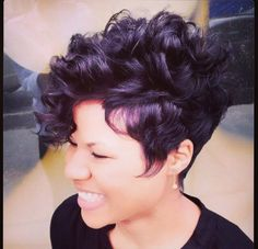 Learn about all the latest hair styles in one place! Visit the Hair Trend spot at Highlights Hair and get all the details on hot new hair styles Love Hair, Great Hair, Curly Hair Styles, Natural Hair Styles, Natural Wigs, Ponytail Styles, Natural Curls, Natural Beauty, Corte Y Color