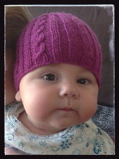 Sunnygirl1's  cable baby. Free Ravelry pattern.
