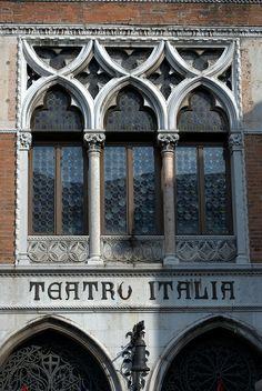 Teatro Italia, Venecia