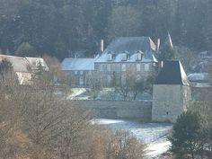 tourouvre france | Photo du Monument Historique Manoir de Bellegarde situé à Tourouvre