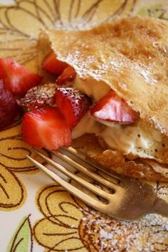 Crepes with Honey Mascarpone & Strawberries