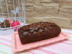 QUEQUE DE CHOCOLATE Y MANZANA ASADA Desserts, Food, Wings, Pound Cake, Cookies, Homemade, Meal, Deserts, Essen