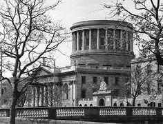 The Four Courts Building, Dublin. I Missed, 15 Years, Dublin, Ireland, Irish, Building, 15 Anos, Irish Language, Buildings