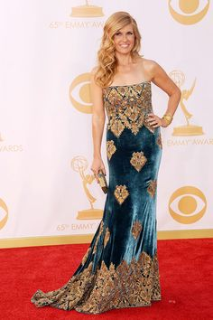 Connie Britton lost Best Actress to Claire Danes, but won Best Hair on Earth, and overall Hottest Woman in Naeem Khan #Emmys