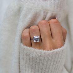 Asscher Cut Diamond, Diamond Cuts, Diamond Stone, Anniversary Rings For Her, Wedding Anniversary, Lab, Yellow Engagement Rings, Wedding Rings Vintage, Vintage Bridal