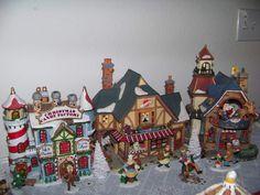 cabinet%2Cchristmas+village+009.JPG (1600×1200)
